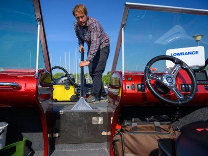 Veneen hyvä hoito osa 2. Veneen matot ja satamapeitteet helposti puhtaaksi tekstiilipesurilla