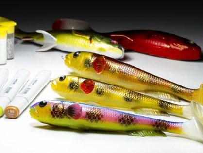 Kalastavien aikuisten värityskirja - Shadien tussaus