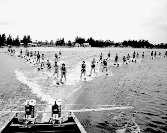 Mercury Marinen kahdeksan vuosikymmentä